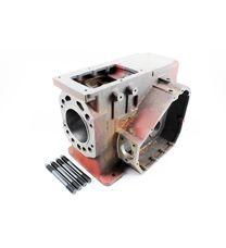 Блок двигателя в сборе (Вариант А) (R195)